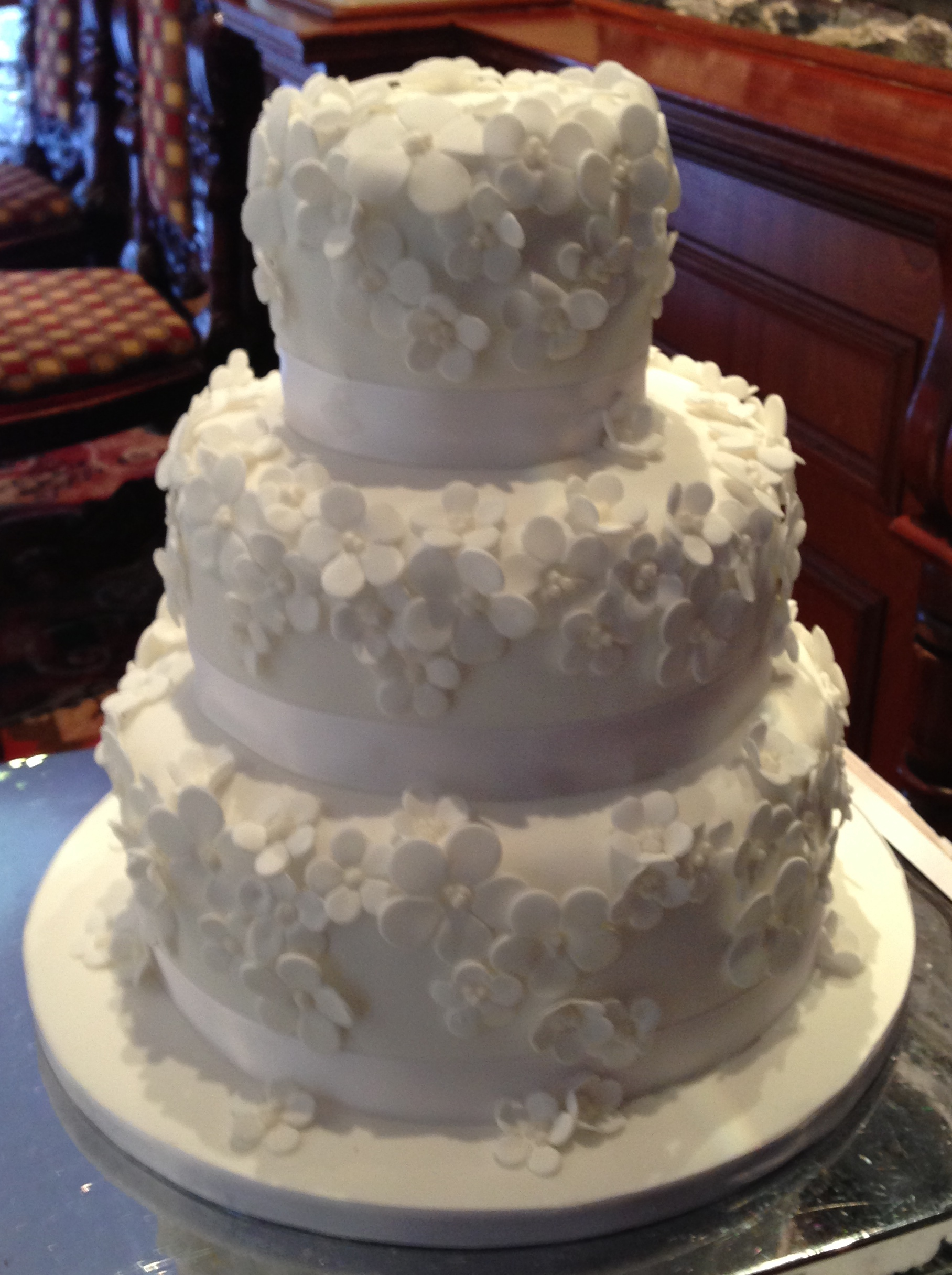 homemade wedding cake images the wedding cake the glutton s kitchen 15288